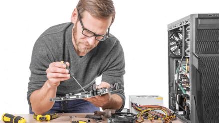 Good Computer Repair Technician